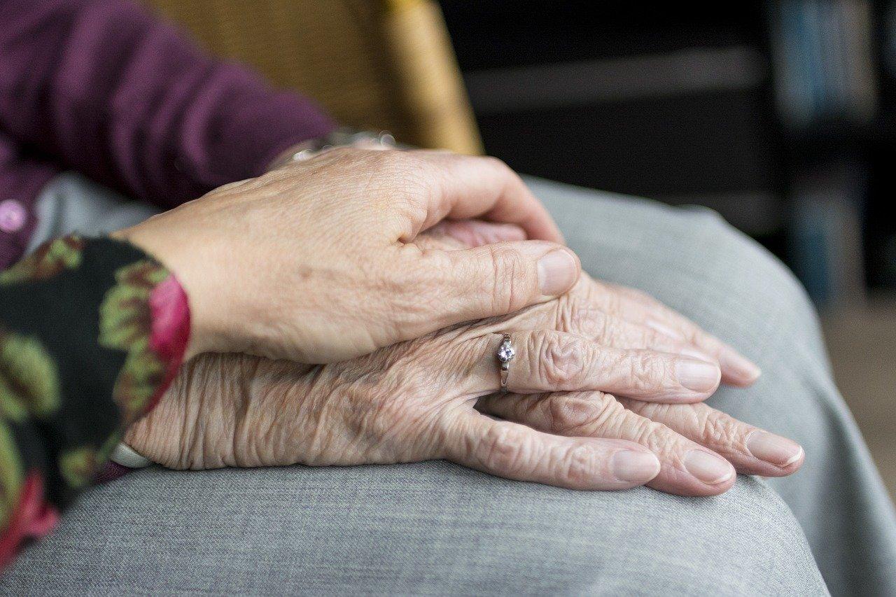 Dia do idoso: mudança na curva demográfica do Brasil é desafio para a saúde